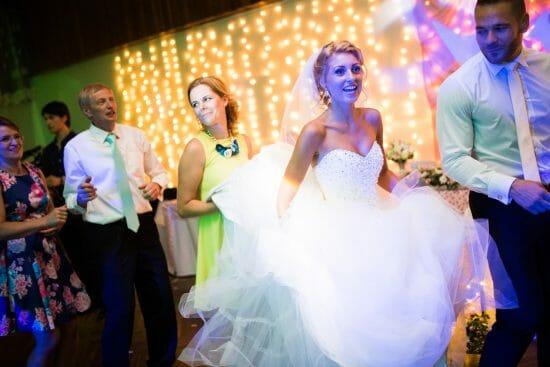 Svadba Nevesta tancuje habovka Filip Lajčin Fotograf