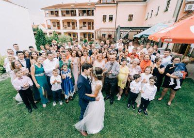fotka hostí svadby